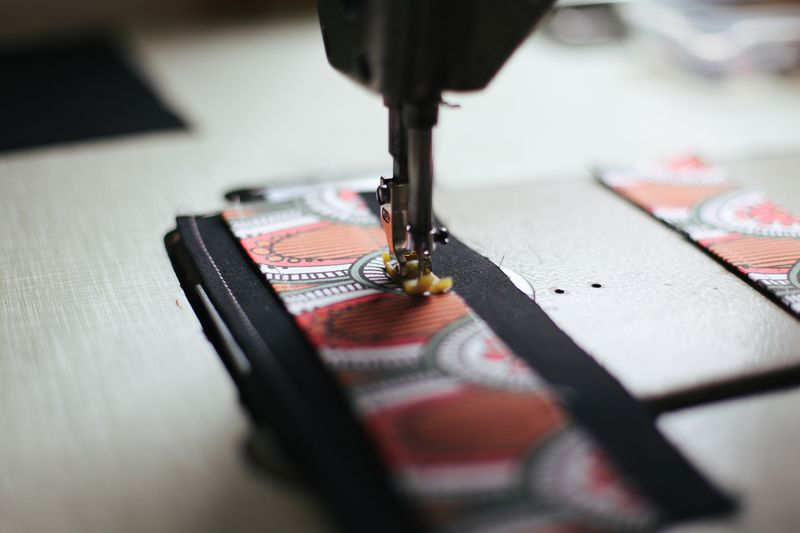 Punto-Belle-Sewing-Machine-4